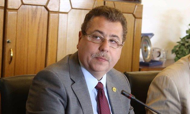 النائب محمد بدراوى يتساءل: أين رد الفعل الحكومى تجاه المشاهد المصرية المؤلمة بإعلانات التليفزيون؟