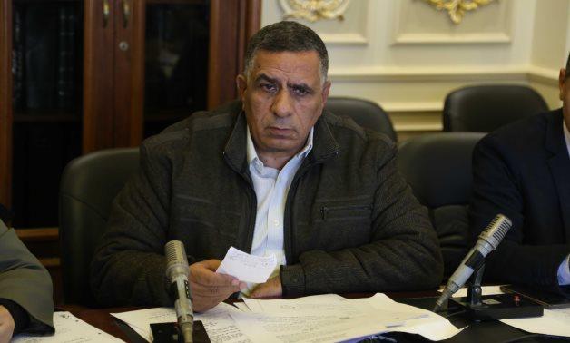 محمد وهب الله يطالب بتطبيق العلاوات الخاصة على العاملين بشركات قطاع الأعمال العام