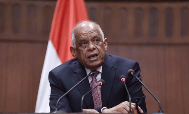 رفع اجتماع التشريعية فى بدايته.. أحمد طنطاوى يعتدى على خبير .. واشتباكات بالأيدى