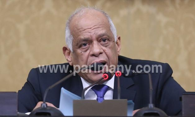 """على عبد العال: البرلمان سيصدر قانونًا لتنظيم استخدام """"الفيس بوك"""" و""""تويتر"""" قريبًا"""