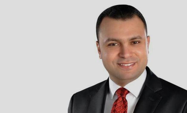نائب الإسكندرية يحصل على اعتماد مليون ونصف المليون جنيه لرصف شارع محطة السوق