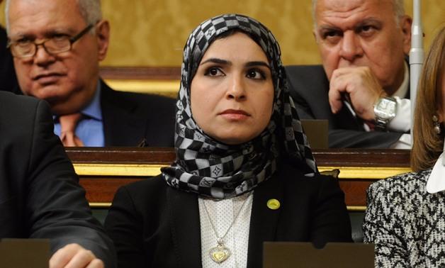 """شيرين القشاش تطالب رئيس الوزراء بإنجاز مطار قويسنا:""""خلصنا 80% ومنتظرين الباقى"""""""