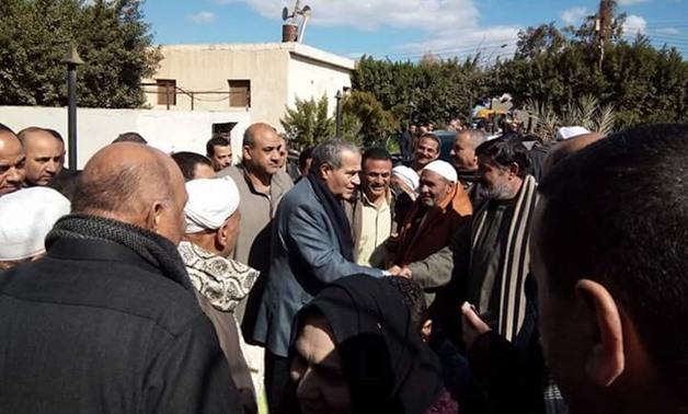 """توافد أهالى أبو كبير على منزل وزير التموين الجديد ..و""""المصيلحى"""" يطلق قذيفة بشأن الدعم"""