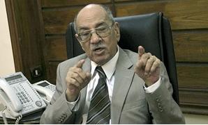 """عبد الغفار شكر: عدم إقرار """"النقابات العمالية"""" يعرض مصر للانضمام إلى القائمة السوداء"""