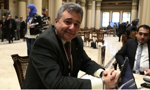 النائب عمرو صدقى، عضو لجنة الشئون الاقتصادية
