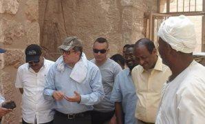 بالصور.. النائب ياسين عبد الصبور ووزير الآثار يتفقدان  كنوز النوبة الأثرية