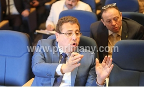 محمد بدراوى: تقليل عجز الموازنة يحتاج زيادة بند الإيرادات الأخرى بالتوازى مع حصيلة الضرائب