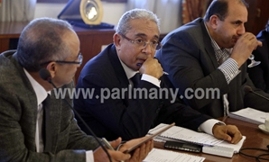 """وكيل """"خطة البرلمان"""": لا يجرؤ وزير على مخالفة استحقاقات الدستور بالموازنة"""