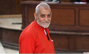 """تأجيل إعادة محاكمة بديع و36 آخرين فى قضية """"غرفة عمليات رابعة"""" إلى جلسة 3 ديسمبر"""