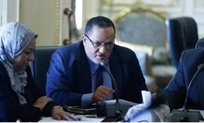 الدكتور عمر حمروش