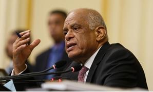"""رئيس البرلمان أثناء مناقشة """"تعيين الحدود"""": """"كل النواب اللى موجودين فى القاعة وطنيون"""""""