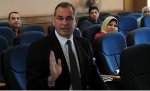 الدكتور مدحت الشريف وكيل لجنة الشئون الاقتصادية