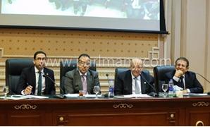 لجنة الإسكان توافق على المادتين 10 و11 من قانون تنظيم مياه الشرب المقدم من الحكومة